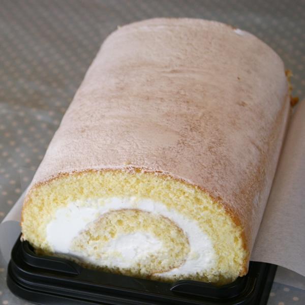 ジプシーのスフレロール (生クリームロール) 長崎のスペイン洋菓子のサン・オノフレ