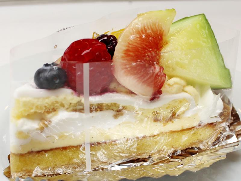 フルーツのサンティアゴタルト|長崎のスペイン洋菓子のサン・オノフレ